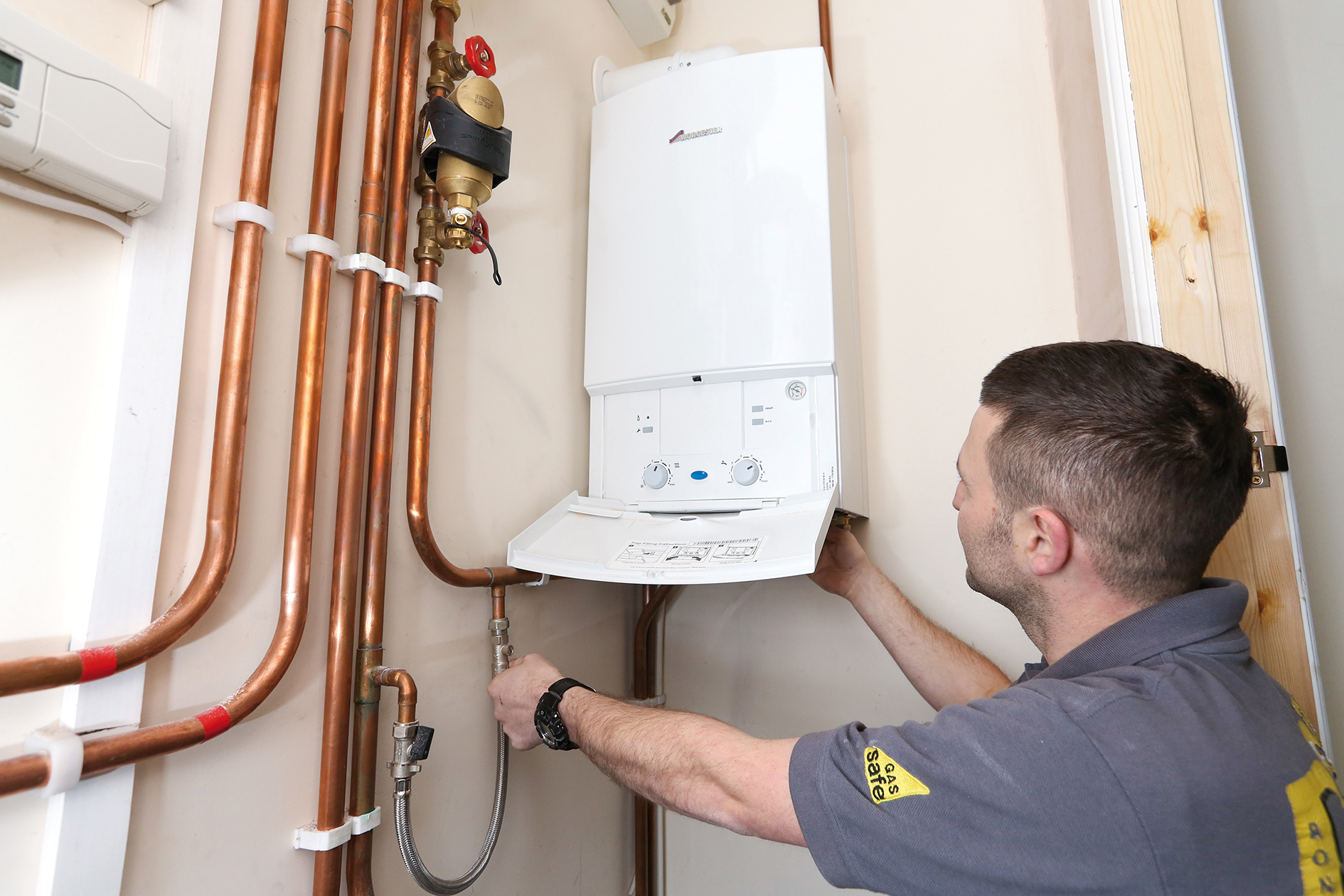 When You Need an Emergency Plumber Mirfield